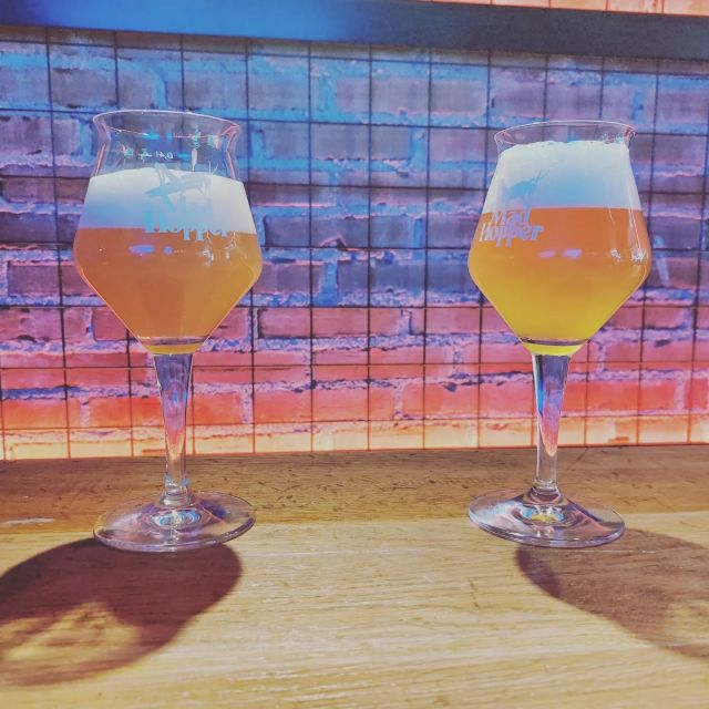 💢Fresh beer alert!💢  Double the trouble! Two of our highly appreciated beers made a comeback! Mad Haze New England IPA and Poker Face Pils. Come visit us and grab yourself a pint from @viisipennia Cheers! 🍻🍻🍻
